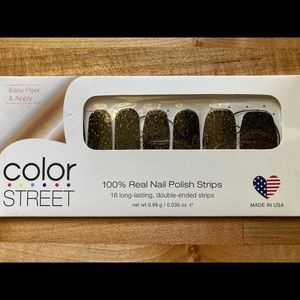 """RETIRED """"Times Square"""" Color Street Nail Strips"""